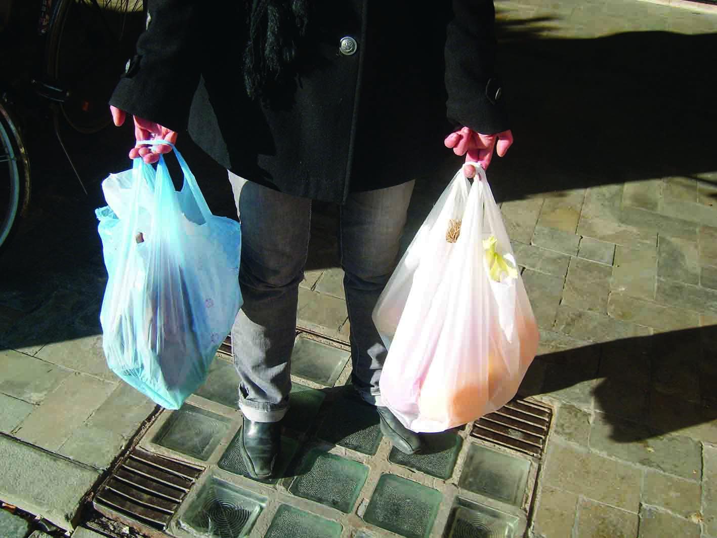 UFFICIALE: da lunedì no borse di plastica in Kenya